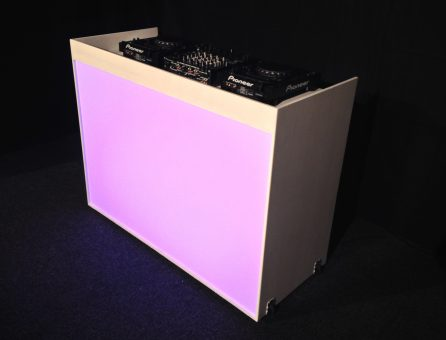 Master Partys led dj booth huren